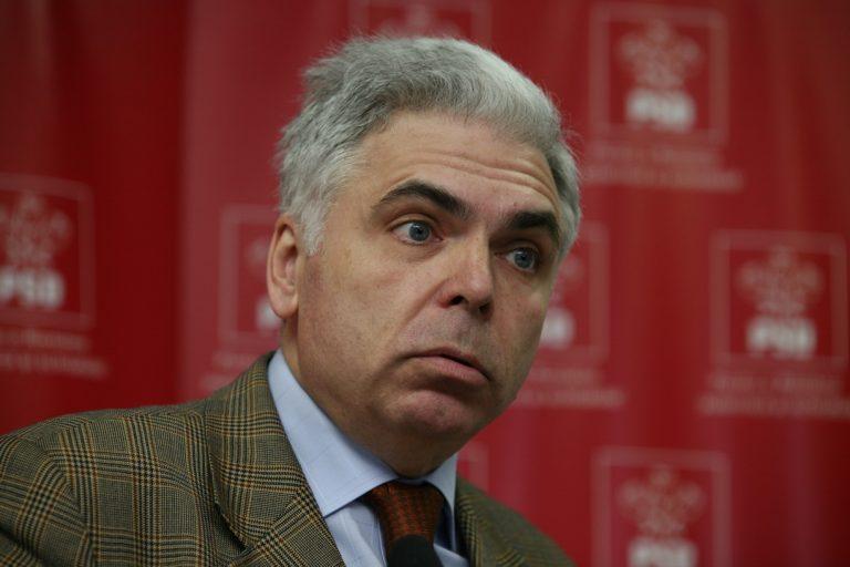 Adrian Severin, fost lider PSD, fost puscarias, despre protestatarii din Piata Victoriei: Se pretind democrați, dar sunt fasciști. Se pretind patrioți, dar sunt trădători!