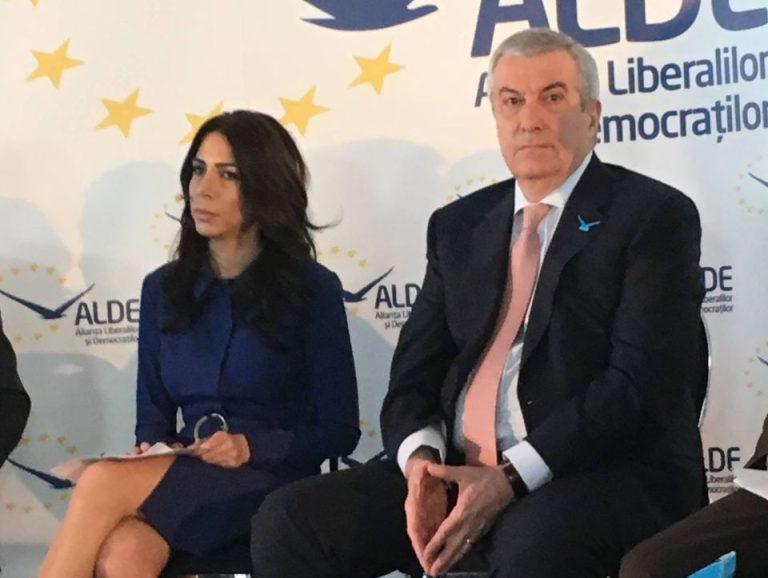 VIDEO – O fost jurnalista, acum candidat ALDE la Sectorul 1, surprinsa in tandreturi cu un urmarit penal!