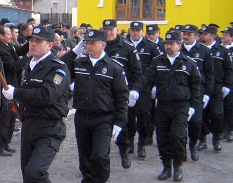Peste 10 concurenti pe loc la Politia Capitalei!