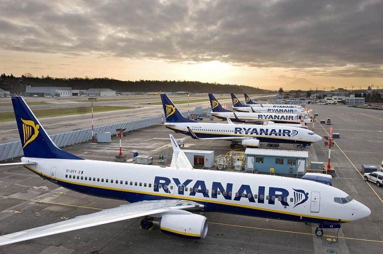 Ryanair lanseaza bilete de avion din Bucuresti la 7,99 euro!