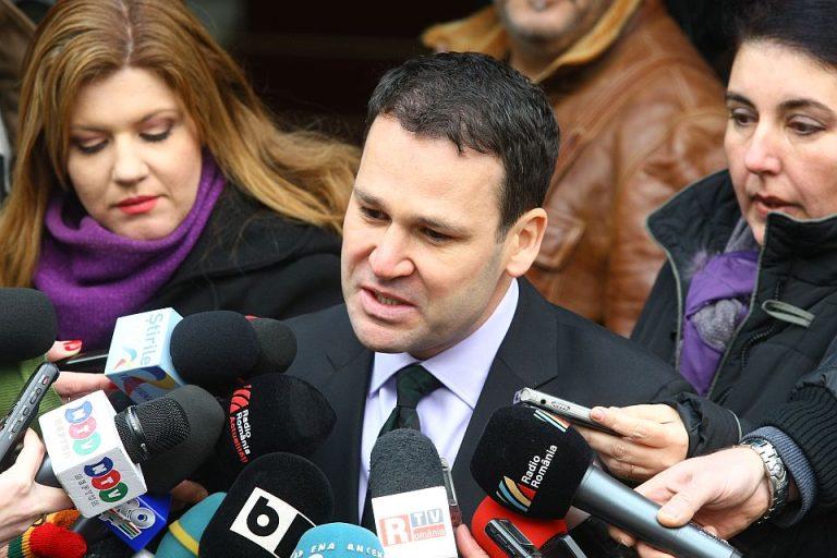 Primarul Sectorul 3 intoarce armele: PSD ar pierde alegerile și dacă l-ar avea candidat pe Papa Francisc!