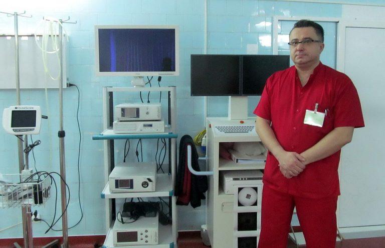 Noile salarii ale BUGETARILOR: Vezi cat castiga un medic din Bucuresti in comparatie cu unul din Falticeni!