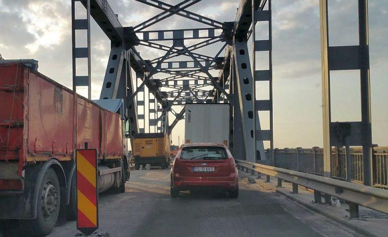Bataie de joc ce se intampla pe podul Giurgiu – Ruse zilele acestea! Vezi rutele ocolitoare!