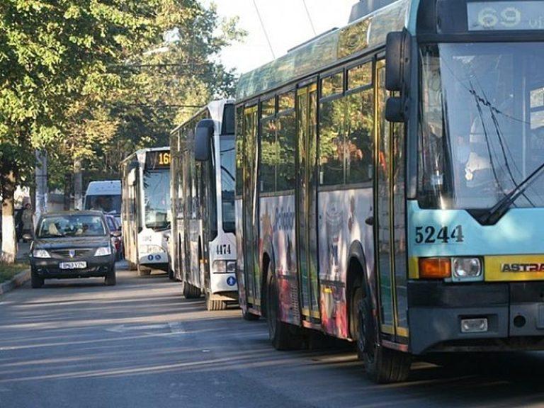 Primarul Firea: Bucurestiul va avea o banda speciala pentru autobuze, taxi-uri si ambulante!