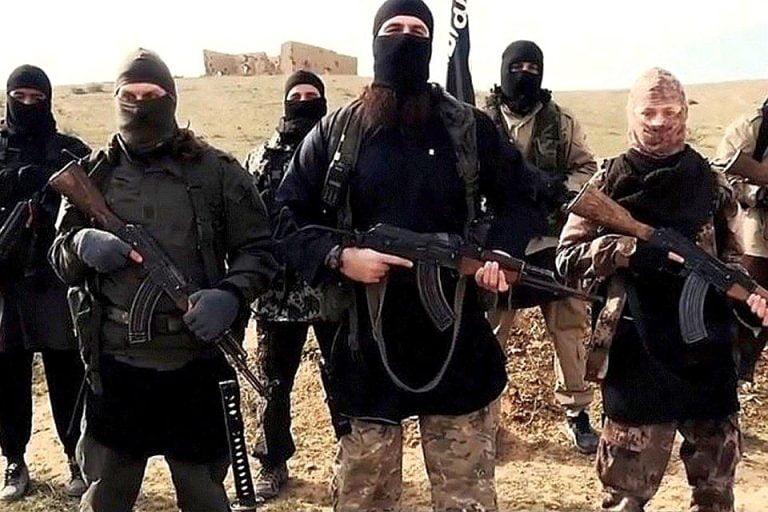 Razboinic ISIS prin in ultima clipa in avionul spre Bucuresti! Vezi ce l-a dat de gol!