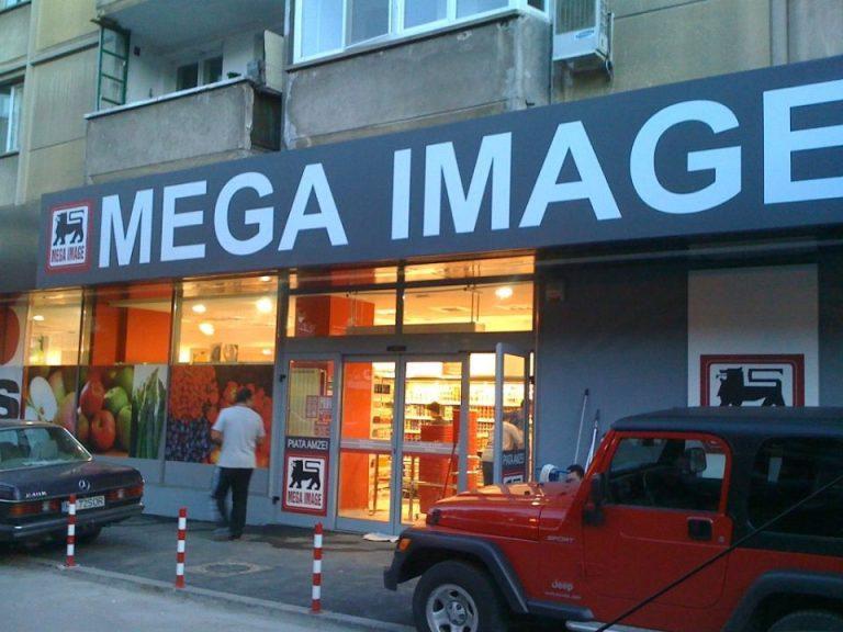 In criza de personal, Mega Image ofera bani cash oricui trimite pe cineva sa se angajeze!