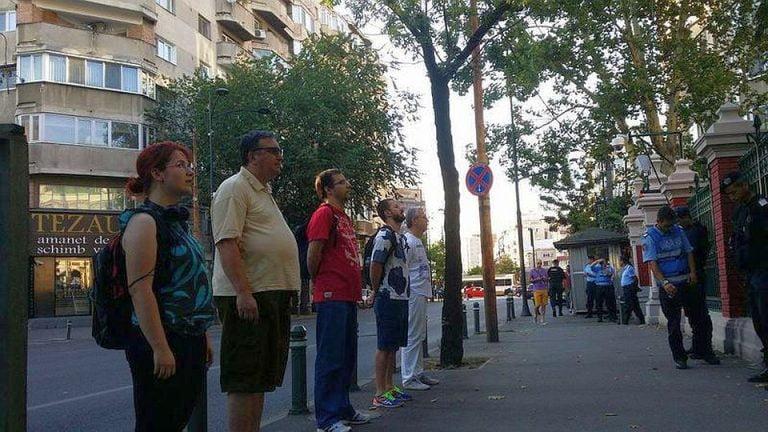 FOTO – Protest in fata Ambasadei Turciei din Bucuresti impotriva REPRESIUNILOR lui Erdogan!