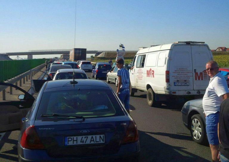 Trafic FOARTE AGLOMERAT inca de la prima ora pe autostrada Bucuresti-Constanta! Pe unele portiuni se circula bara la bara!