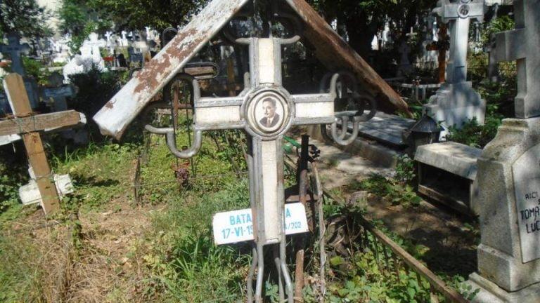 Ce afaceri cu prietenii are seful cimitirelor din Bucuresti! Jonglerii cu legea!