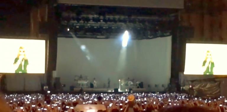VIDEO – Oamenii isi cer BANII inapoi! Concertul Rihannei a fost O MARE DEZAMAGIRE!