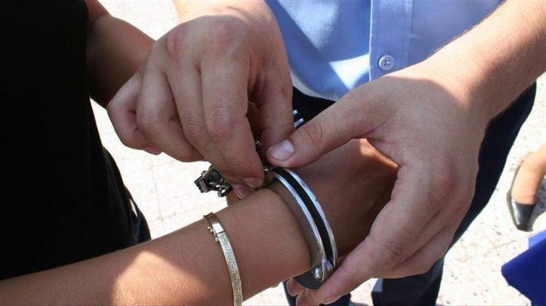 Barbat arestat in Bucuresti pentru hartuire! Isi dorea sa devina sclavul unei tinere!