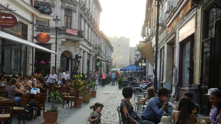 Primarul Capitalei anunta urmarile CUTREMURULUI: Exista cladiri afectate in Centrul Vechi!