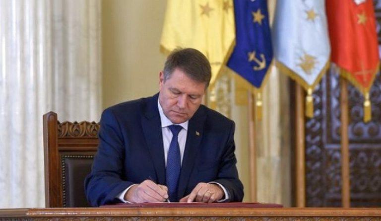 Presedintele Iohannis, provocare pe facebook pentru toti romanii: Hai să readucem România printre marile culturi ale Europei!