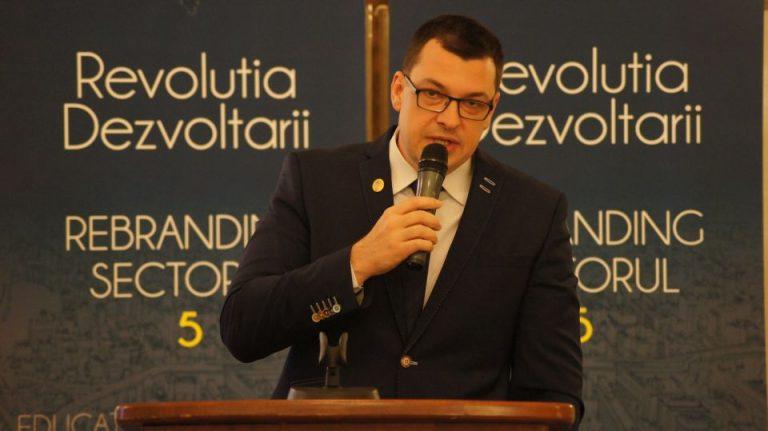 PNL il desfiinteaza pe viceprimarul Bucurestiului: Agresivitate xenofobă și comportament inacceptabil!