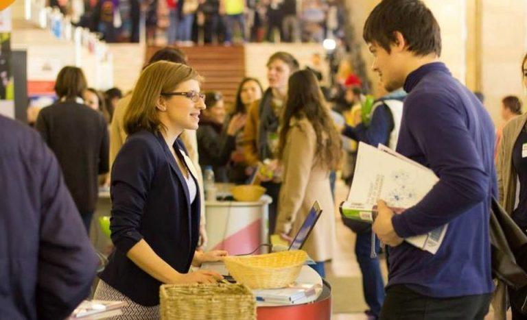 Cele mai bune universitati din lume vin la Bucuresti sa caute studenti! Ofera BURSE de 3 mil. de euro!