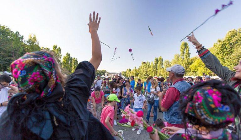 VIDEO – Atmosfera si distractie la Zilele Bucurestiului! Petrecerea se incheie in aceasta seara, cu un concert in Piata Universitatii!