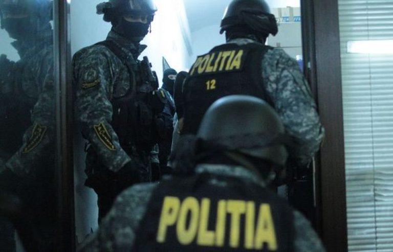 Un celebru antrenor de box din Bucuresti, printre cei 6 retinuti de Politie in cazul crimei din Piata Constitutiei