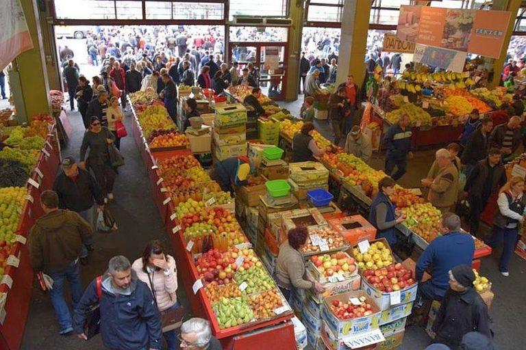 Razie in cea mai mare piata a Bucurestiului! Ce au gasit inspectorii la Obor!