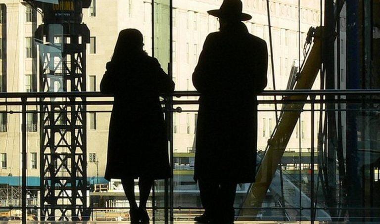 Declaratia zilei: In Bucuresti e SUPRASATURATIE de agenti secreti!