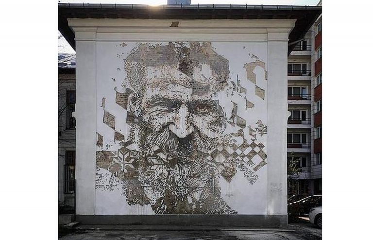 GALERIE FOTO – Unul dintre cei mai mari ARTISTI din lume si-a lasat amprenta asupra Bucurestiului!
