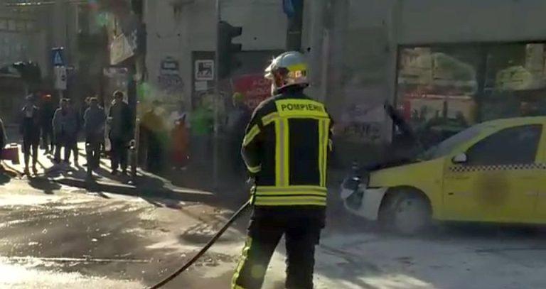 Distractie macabra! Mai multi tineri au vrut sa incendieze un adolescent, intr-un parc din Bucuresti