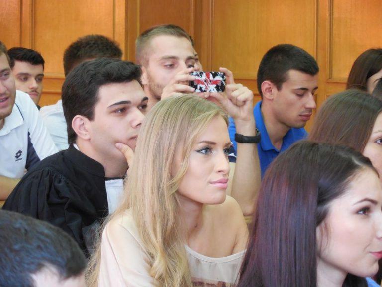 Zeci de universitati si licee din strainatate isi prezinta oferta de studii la Bucuresti