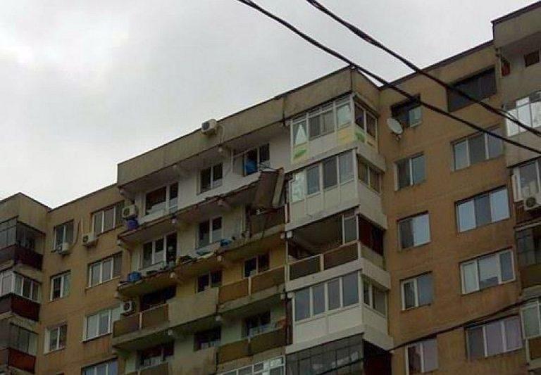 VIDEO – Mii de balcoane, prost intretinute, se pot PRABUSI in orice clipa in Bucuresti!