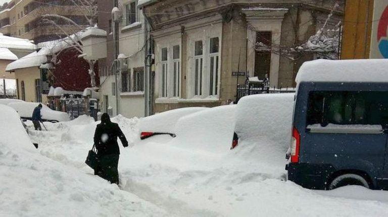 E oficial: se redeschid scolile si gradinitele din Bucuresti!