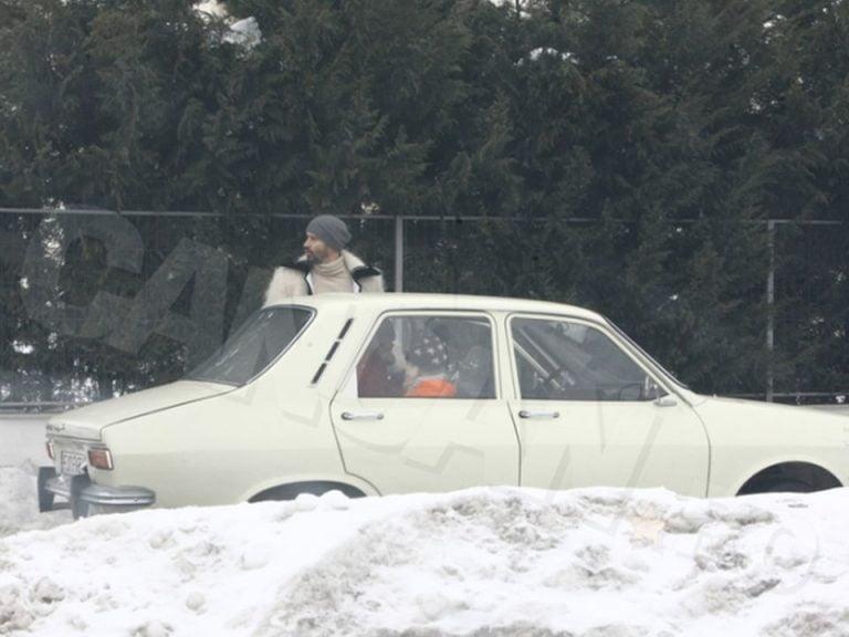 O vedeta TV umbla prin Bucuresti cu Dacia 1300!