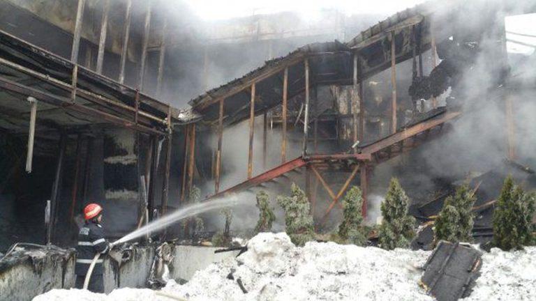 Avocatii patronilor din Bamboo: Persoane din afara au venit si incendiat clubul!
