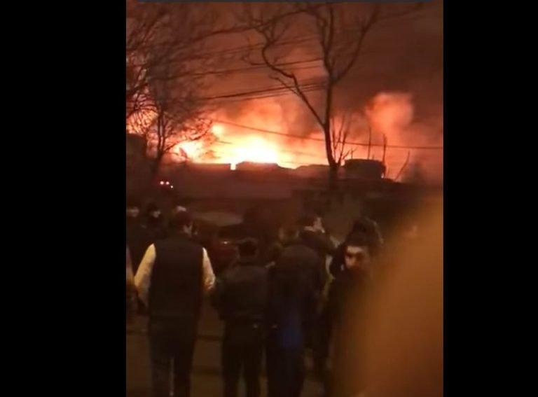 VIDEO DE LA Incendiul din Bamboo! PESTE 35 de victime au ajuns la spital!