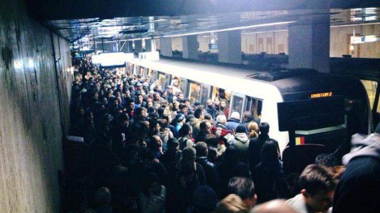 Experiment Digi24: In Bucuresti ajungi mai repede pe jos decat cu metroul!