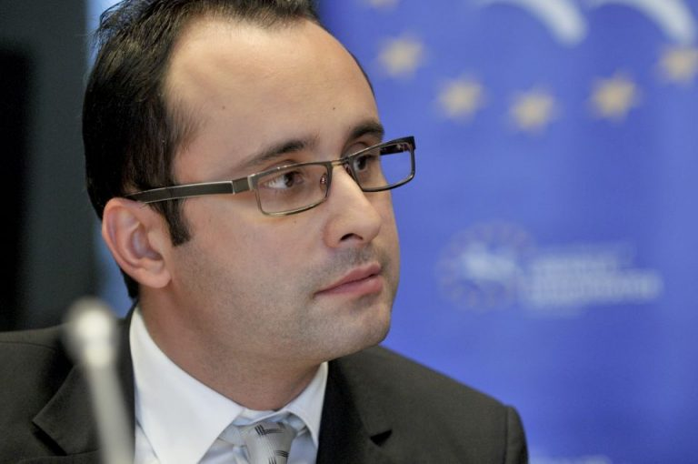 Cristian Busoi: Dupa doi ani de la scandalul Hexipharma nu s-a schimbat nimic esential in spitale!