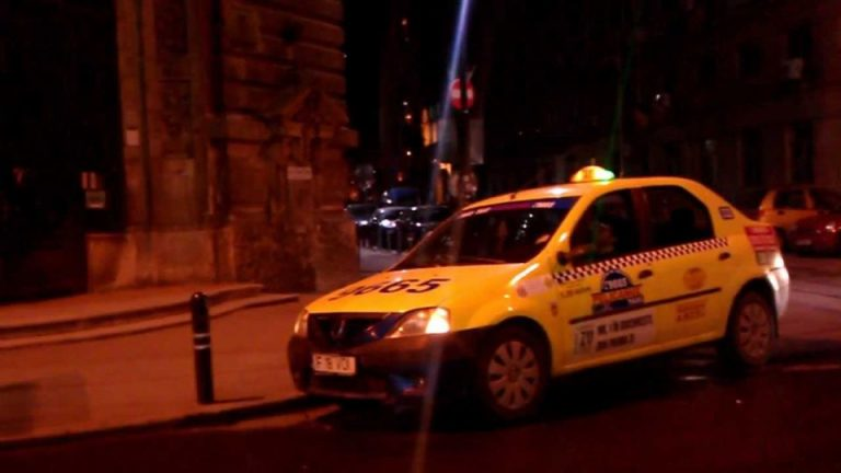 Uite cu cine mergi in masina. Taximetristi fara permis, beti turta si fara autorizatii prinsi in Bucuresti!