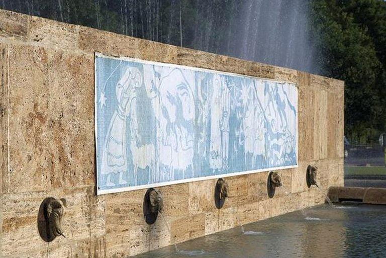 """Monument istoric reprezentativ pentru Bucuresti DISTRUS in urma operatiunilor de restaurare! """"E o musama!"""""""