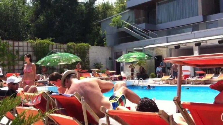 Ghidul celor mai atractive piscine si stranduri din zona Bucurestiului!