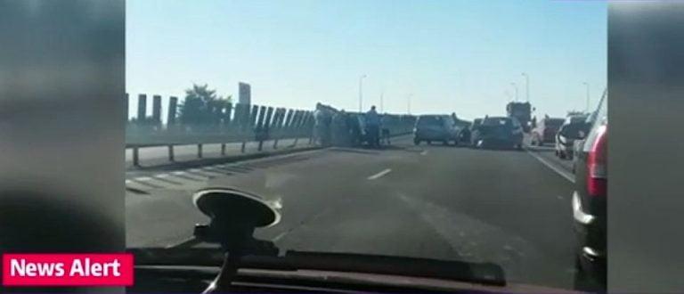 Accident in lant pe A2, aproape de Bucuresti! Traficul a fost blocat complet