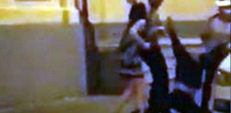VIDEO – Rupt de beat, directorul maternitatii Giulesti a fost tarat pe jos de politisti dupa ce a devenit recalcitrant!