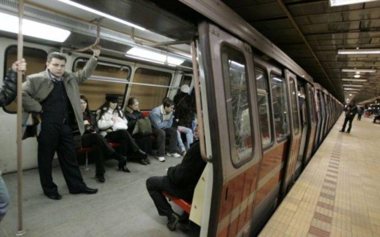 Metrorex reduce semnificativ numarul trenurilor in perioada urmatoare