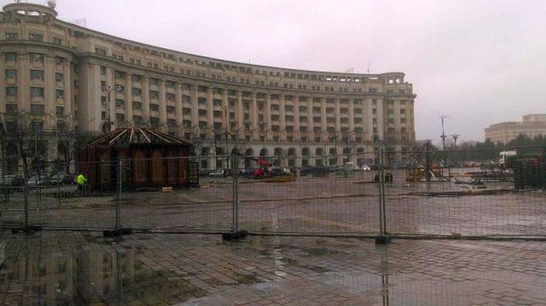 Parcarea din Piata Constitutiei, blocata de lenea angajatilor primariei!