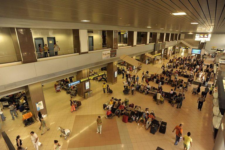 O companie din Grecia vrea sa modernizeze aeroportul Henri Coanda din Bucuresti