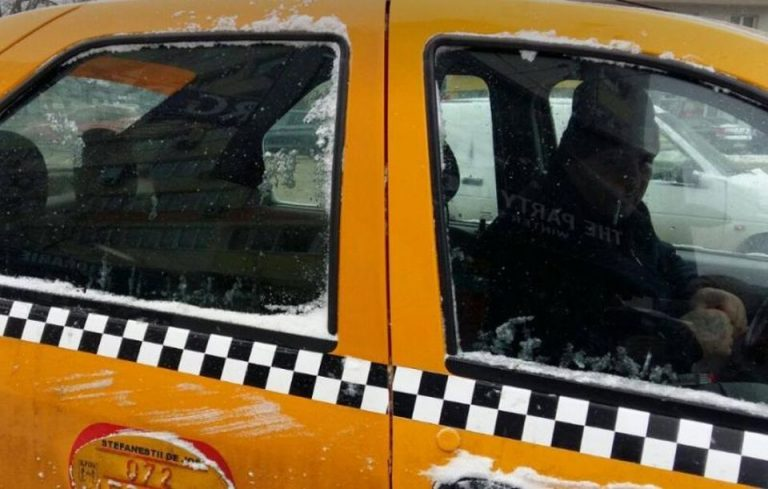Cunoscut medic de la Floreasca, lovit de un taximetrist, dupa ce i-a cerut sa stinga tigara in masina!