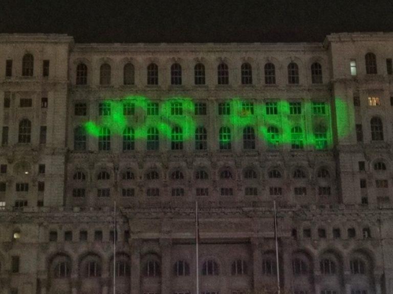 """Nu-i mai suporta oamenii pe strada! Inca un PSD-ist celebrul, """"agresat verbal"""" prin Bucuresti"""