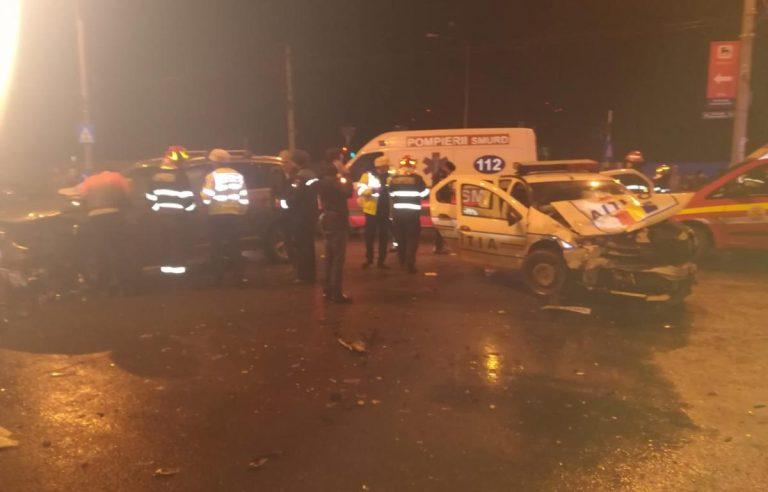 Accident grav in Bucuresti: Trei politisti sunt raniti!