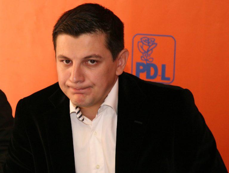 Regina achizitiilor publice din Bucuresti, Mihaela Neagu, puternic sustinuta din spate de fostul deputat PDL Alin Trasculescu