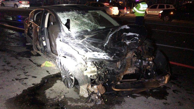 VIDEO-O masina scapata de sub control a incendiat un restaurant la marginea Bucurestiului