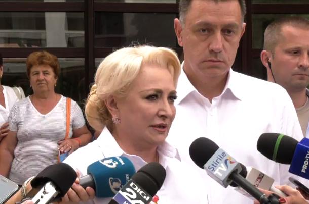 """Jurnalist catre Dancila: """"Nu va e rusine? Ati facut sa se urasca roman cu roman fiindca ati invocat o lovitura de stat inexistenta pe 10 august"""""""