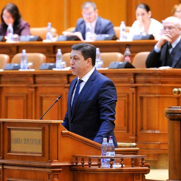 Mutare surpriza: PSD vrea alianta USR pentru demiterea guvernului Orban