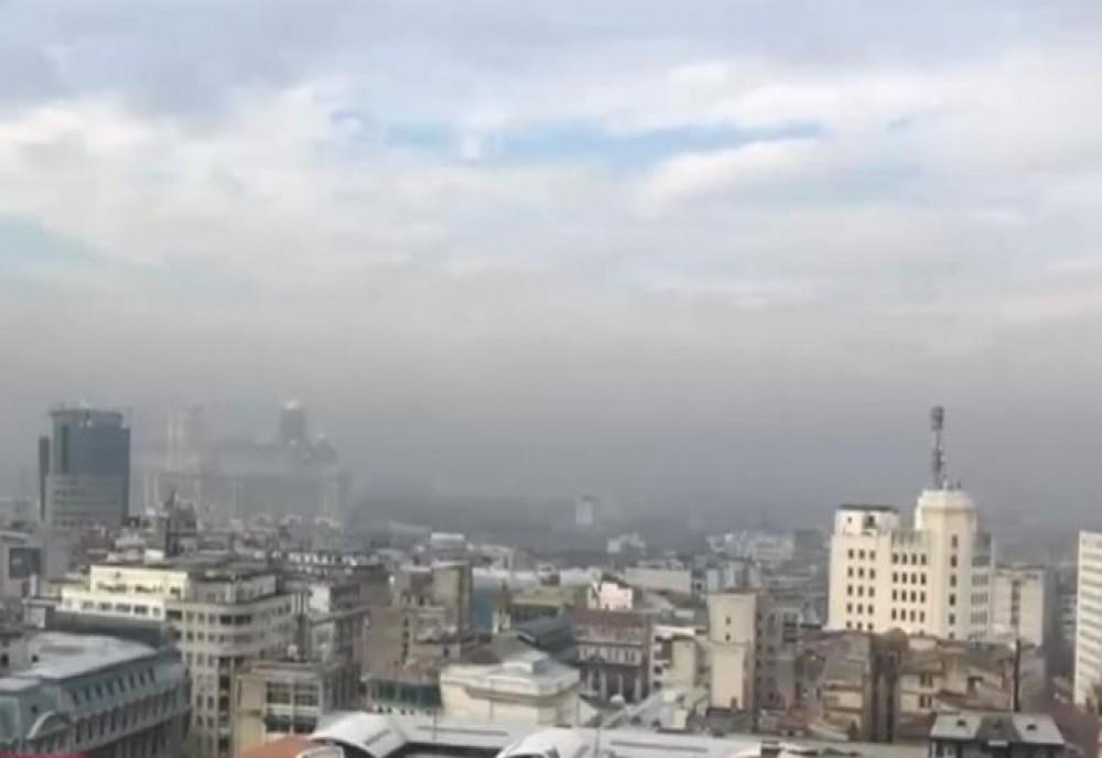Capitala înregistrează un nou episod de poluare în zonele Mihai Bravu, Cercul Militar și Lacul Morii